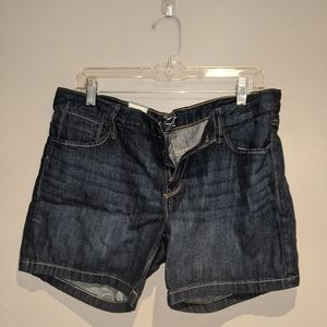 Dark wash Old Navy Jean shorts